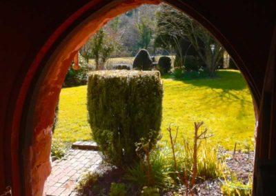 1.50_Saint-Pancras-Chapel_front-door