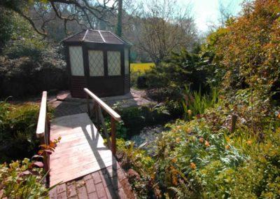 14.2_St-Pancras-Chapel_bridge-summer-house