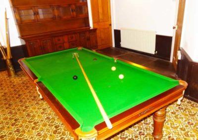18.1_St-Pancras-Chapel_billiard-table