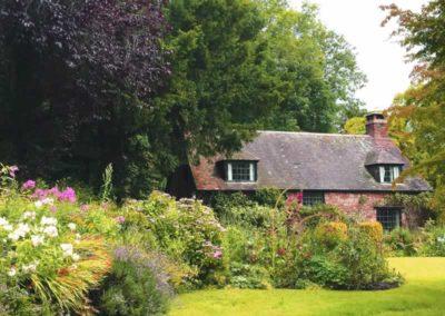 1_St-Pancras-Chapel_garden-front