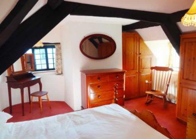 8.31_St-Pancras-Chapel_bedroom1