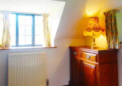 8.53_St-Pancras-Chapel_bedroom2